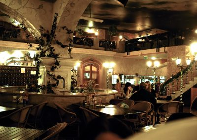 Restoranas Bravaria Akropolis (ozo g)